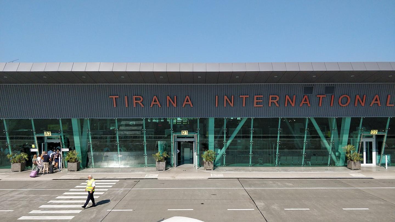 1280px-Tirana_Airport,_terminal_building